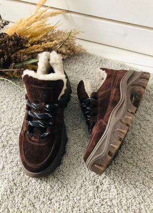 Женские замшевые ботинки на толстой подошве зимние кроссовки