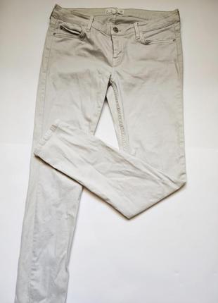 Классические джинсы от mango
