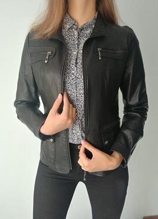 Кожаная куртка (искусственная кожа)