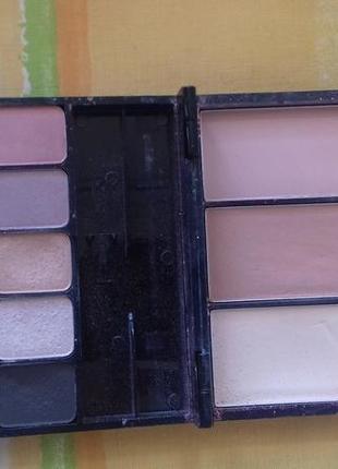 Очень уместительная палетка набор некст для макияжа тени памад...