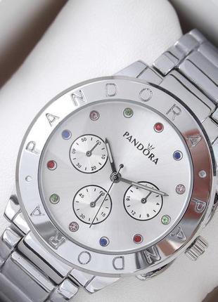 Часы женские. браслет в подарок