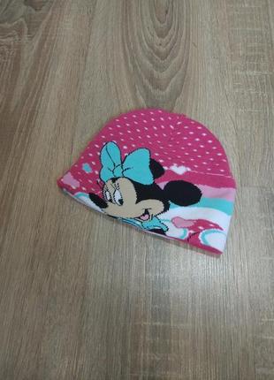 Демисезонная шапочка на девочку от disney