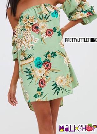 Платье pretty little thing