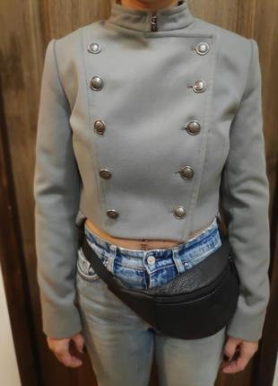Пиджак жакет куртка топ пальто пуговицы милитари kira plastinina