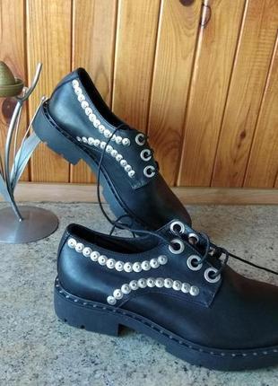 Черные кожаные ботинки с гвоздиками  Сivico 306 Италия, р.38