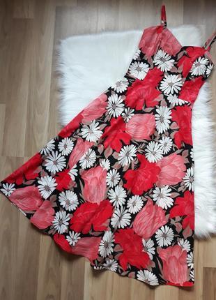 Красивейшее приталенное длинное летнее платье в цветы. размер ...