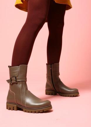 Зимние кожаные ботинки на овчине, сапоги