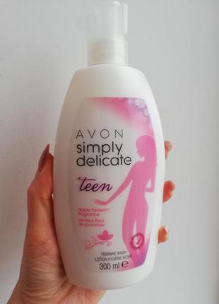 """Очищающее средство для женской интимной гигиены """"нежный возрас..."""