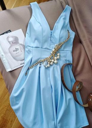 Шикарное платье с чашечками пуш ап