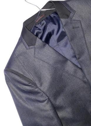 Темно синій піджак з чорними вставками