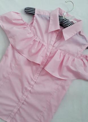 Ніжна блузка сорочка з воланами і відкритими плечами