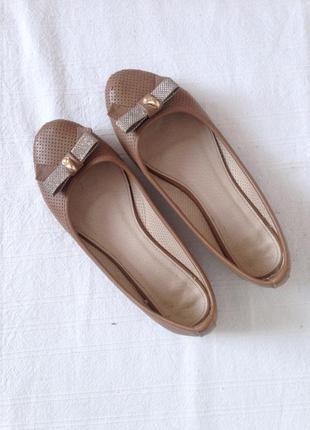 Балетки лофери туфлі