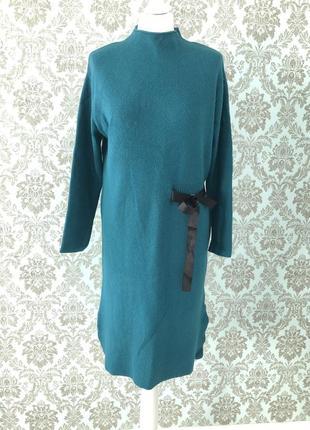 Тёплое платье изумрудного цвета