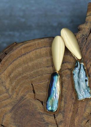 Яркие серьги из барочного жемчуга. жемчуг.