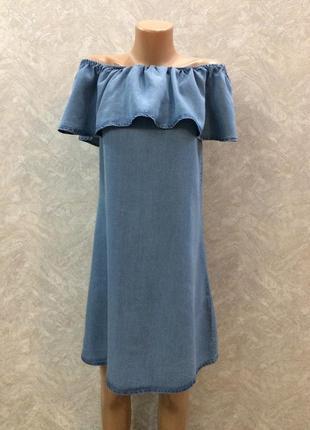Платье джинсовое на плечи с воланом размер 8-10 esmara