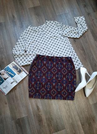 Красивая юбка мини бренда new look 46-48 размера.