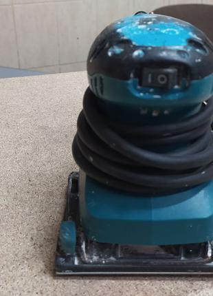 Вибрационная шлифовальная машина Makita BO4557