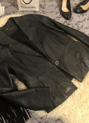 Крутая стильная кожаная куртка косуха жакет-пиджак из натураль...