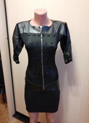 Платье мини с вставками эко кожи