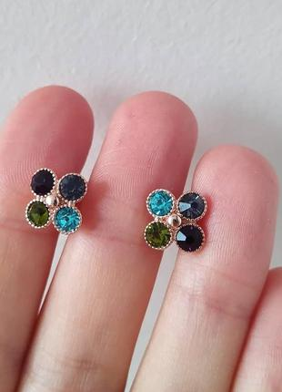 Позолоченные серьги с разноцветными камнями swarovski
