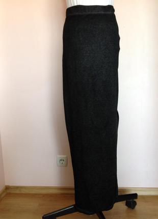 Длинная тонкая трикотажная  юбка. /s/brend zara