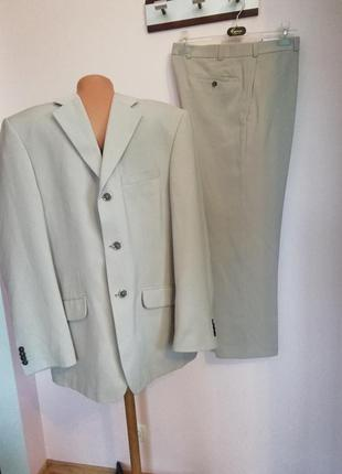 Бежевый мужской деловой костюм /52/brend angelo litrico
