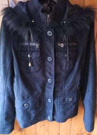 Замшевая осенняя курточка с натуральным мехом