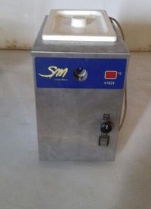 Продам автомат (аппарат, машина) для взбивания сливок La San M...