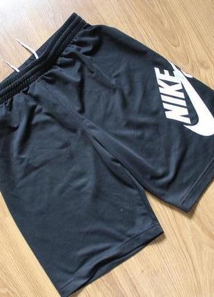Совершенные подростковые шорты с большим лого nike sb