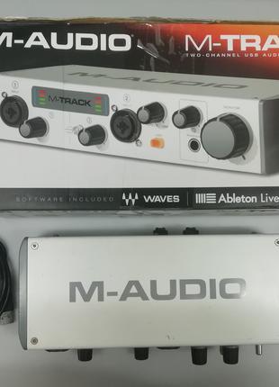 Внешняя USB звуковая карта M-Audio M-Track II аудиоинтерфейс