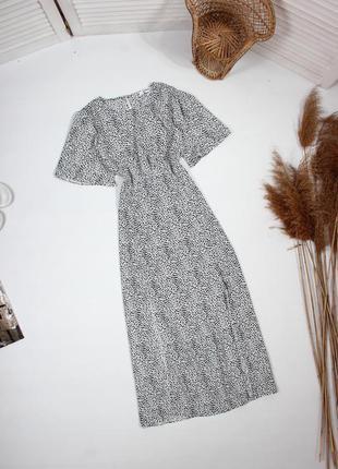 Черно-белое платье от missguided