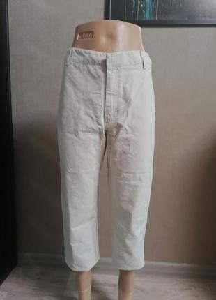 Укороченные брюки, бананы, штаны с высокой талией, капри, джинсы