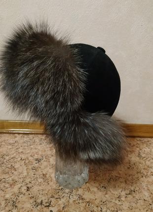 Женская шапка меховая из чернобурки размер 57