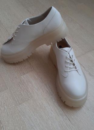 Туфли боты ботинки хайтопы женские STRADIVARIUS