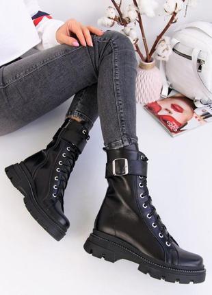 Кожаные чёрные женские ботинки