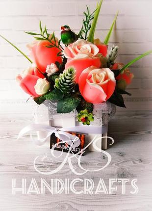 Букет роз в деревянном кашпо. Креативный и практичный подарок!