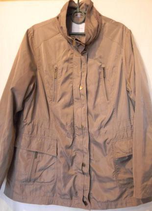 Легкая женская куртка--парка от charles vogele р.46(европ.)