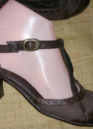35 и 36 кожа новые туфли greeks