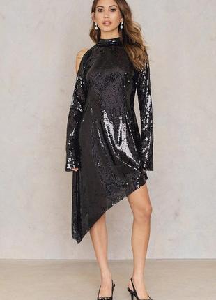 Новогоднее черное вечернее платье с блестками пайетками с откр...