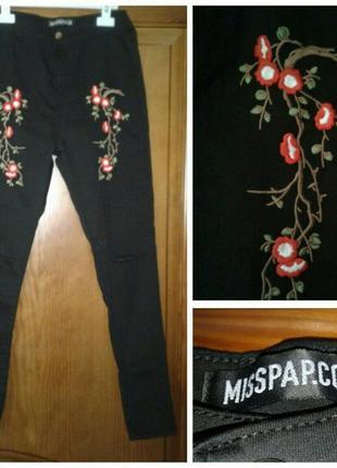 Новые английские джинсы скинни с вышивкой рваные на коленях ра...