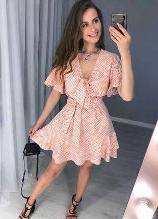 Красивое и свободное миди платье на поясе в горошек | стиль во...