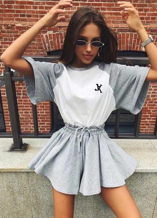 Стильный женский костюмчик | комплект шорты + футболка