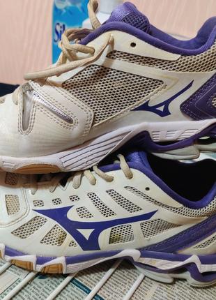 Кроссовки для волейбола Mizuno Wave Lightning RX2