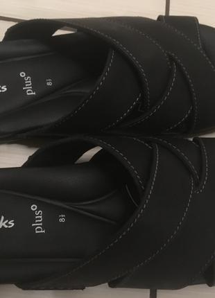 Продам Мужские сандалии Clarks OM1902