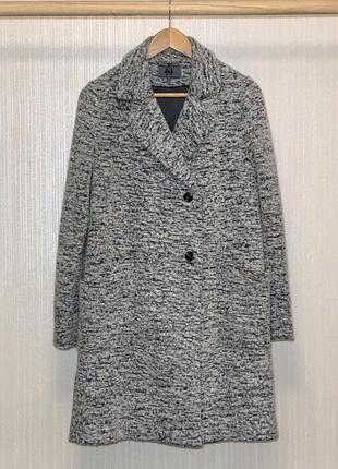 Отличное пальто в стиле оверсайз