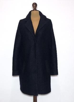 Классное шерстяное пальто в стиле оверсайз