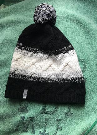 Вязаная шапка termit чрно-белая
