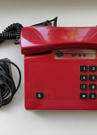 Стационарный красный телефон VEF TA-12