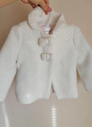 Пальто для девочки, белое
