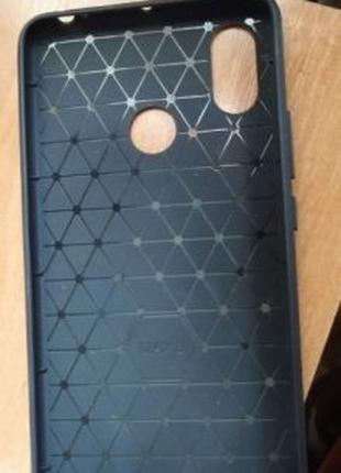 Продам чехол-бампер Xiaomi MI MAX 3